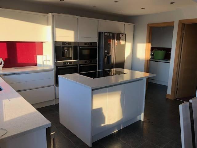 Image 83 - New kitchen