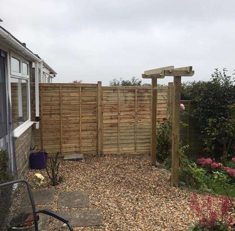 Image 23 - New lap panels and pergola structure, Templecombe