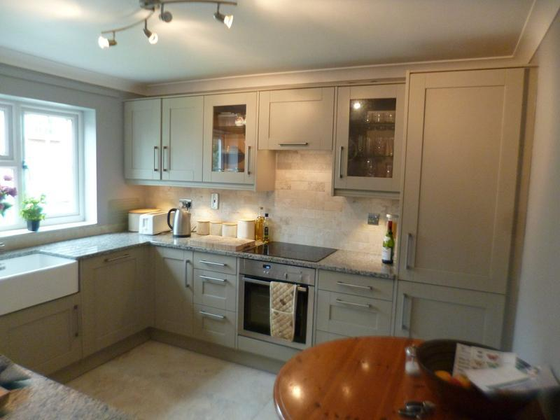 Image 31 - Painted shaker, granite worktops