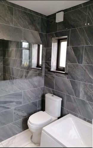 AH Bathroom logo