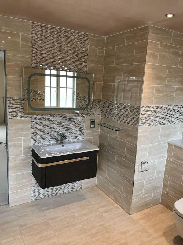 Dream Bathrooms logo