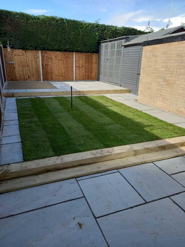 M Upton Home & Garden Improvements logo