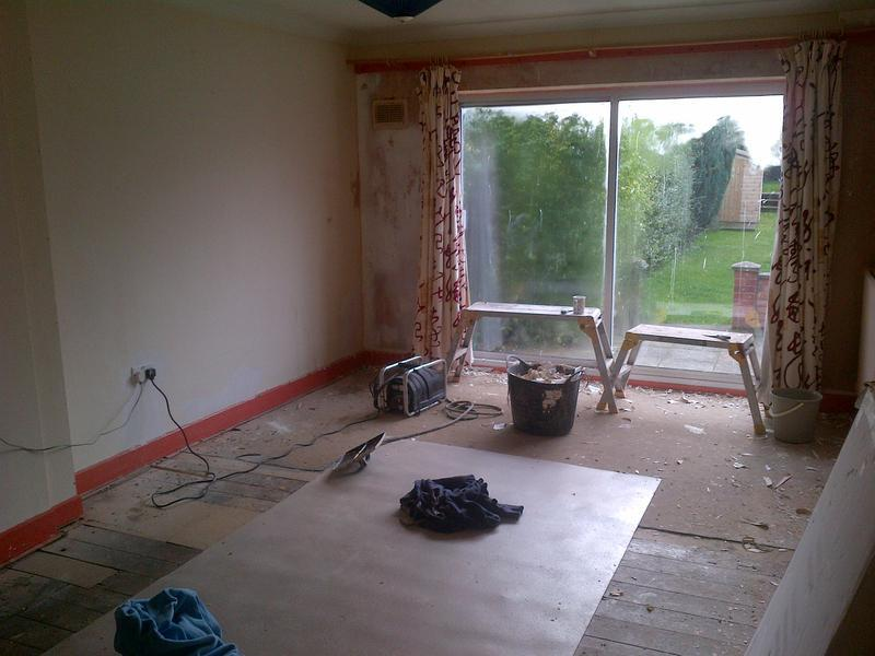 Image 33 - Cambs lounge before