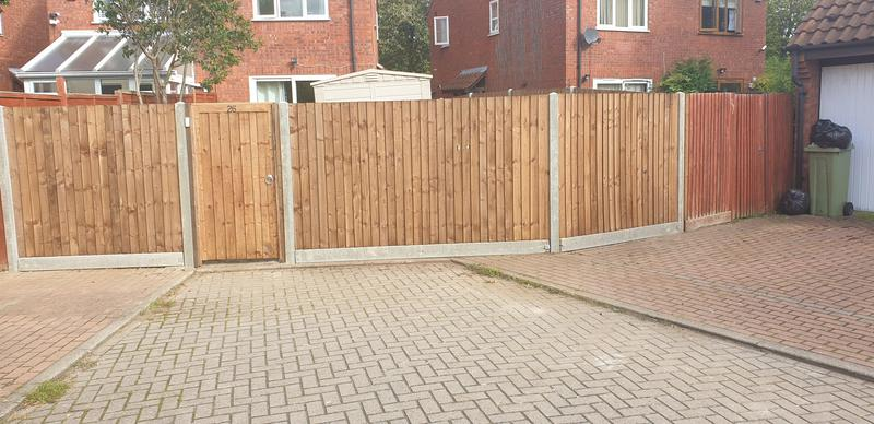 Image 9 - close baord fencing on concrete posts and concrete gravel boards and close board gate
