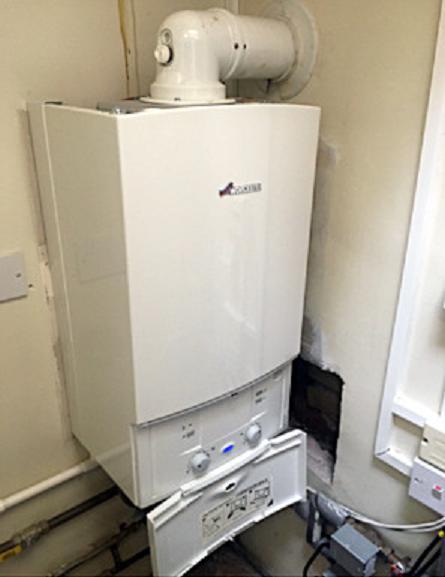 Image 33 - Worcester Bosch 30kw system boiler