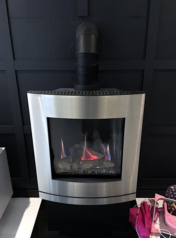 Image 37 - Gas fired log burner
