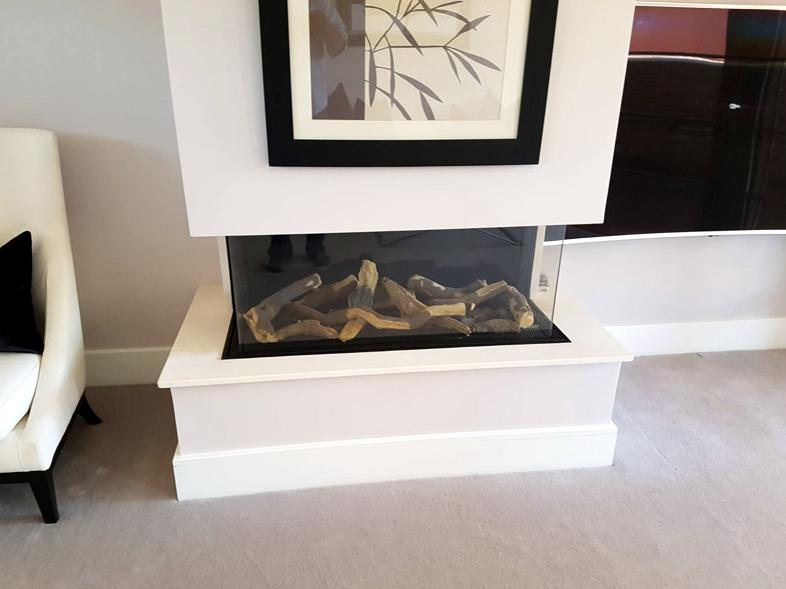Image 40 - Flame effect gas fire