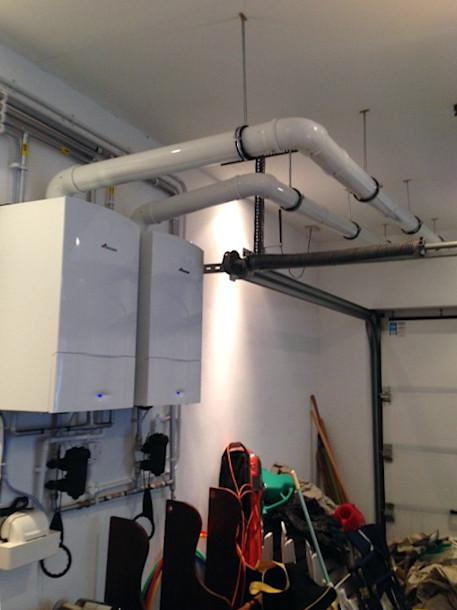 Image 58 - 2x Worcester Bosch 40kw Commerial Boilers