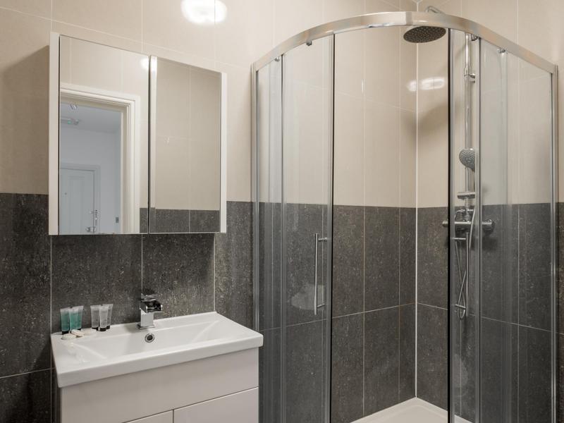 Image 3 - Full bathroom refit