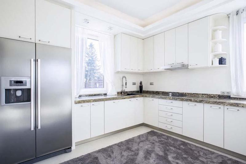 Image 2 - Fitted Kitchen
