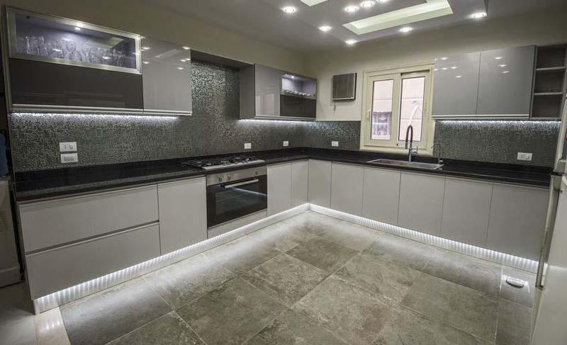 Image 1 - Fitted Kitchen