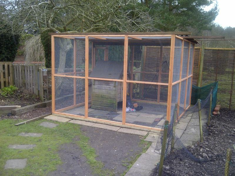 Image 3 - Chicken Pen