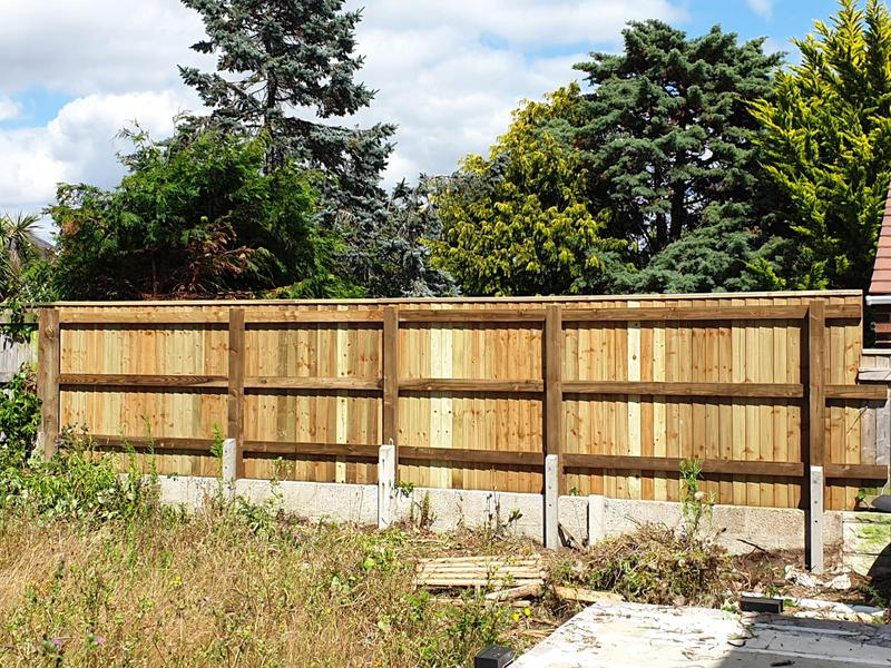 Image 49 - Closeboard boundary fencing, Weymouth