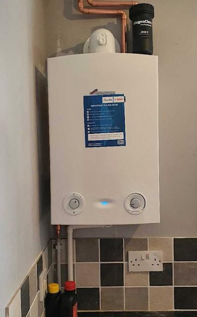 Image 17 - New Worcester 18Ri installed and system flushed in one day