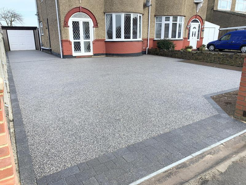 Image 22 - Resin Driveway using Winter sage blend edged in Graphite Lugano