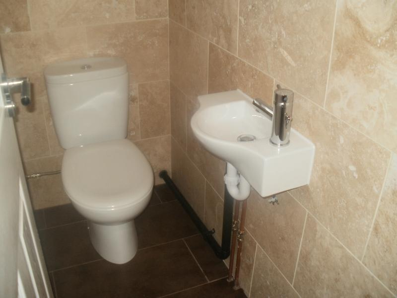 Image 11 - Downstairs Toilet