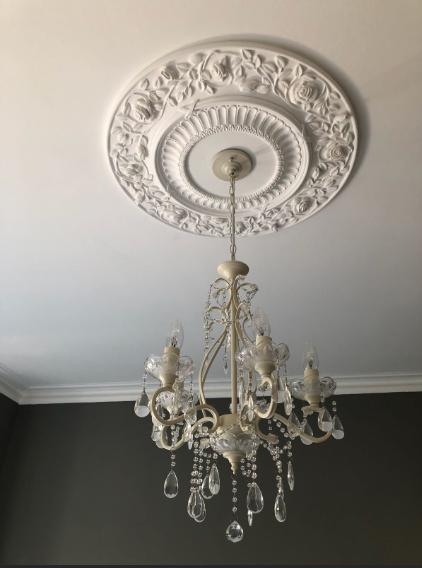 Image 32 - Bedroom chandelier