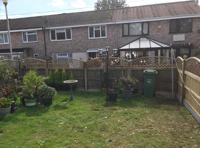 Image 12 - New panel fencing on concrete gravel boards, finished with domed diamond trellis and ball finials - Yeovil