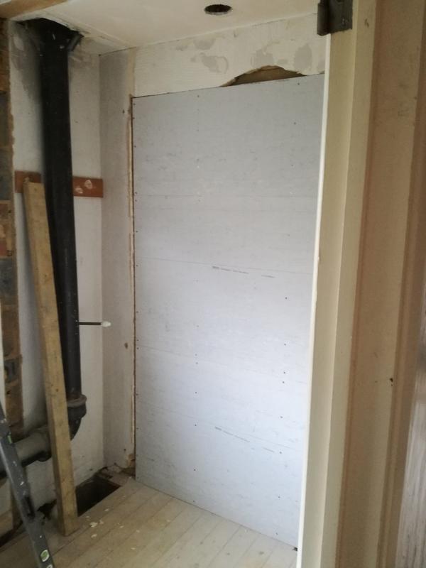 Image 16 - Stud wall