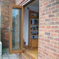 Image 6 - Bi-Fold Oak doors