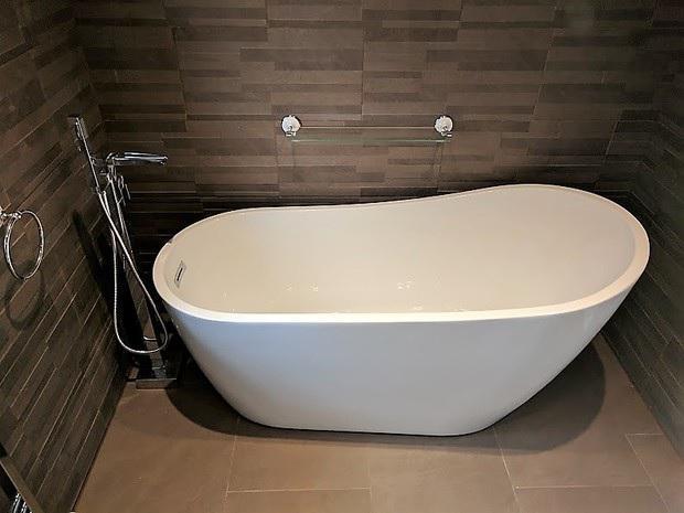Image 11 - Bathroom Installation