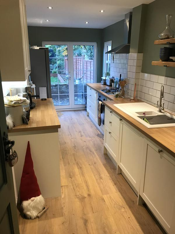 Image 31 - Howdens Kitchen Installation in Croydon