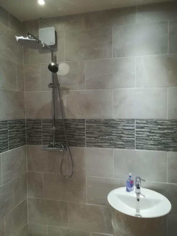 Image 9 - installation of the showerhead and walk-in shower