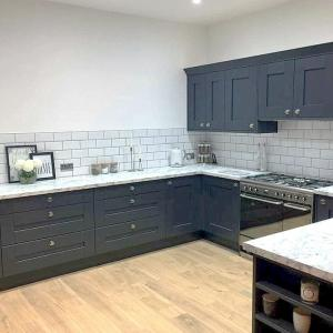 Image 4 - 18mm Shaker Timber Door in Anthracite Laminate worktops.Create your perfect kitchen with our huge collection of kitchen ideas. We could be ripping out the old and installing a brand new kitchen in no time.
