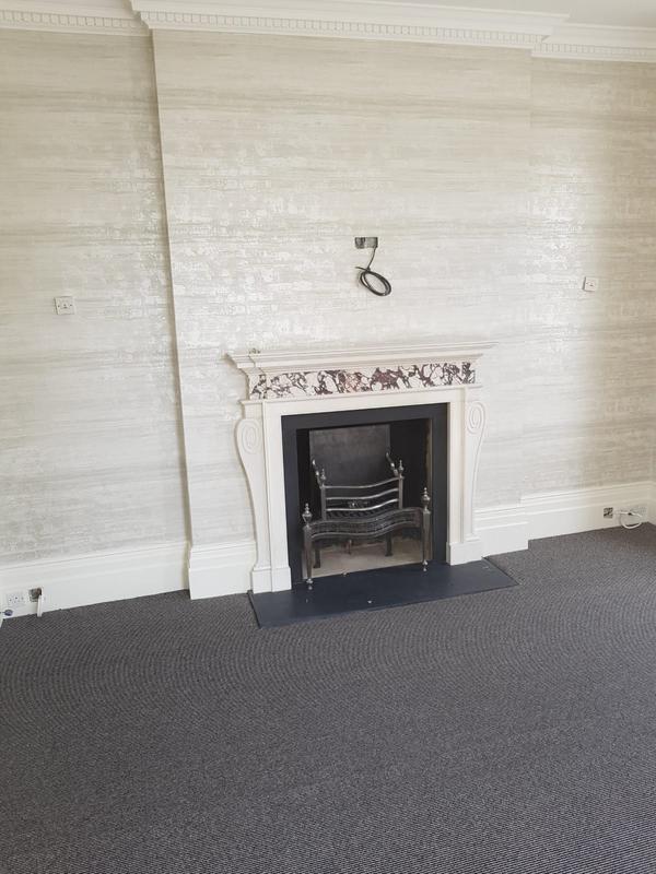 Image 21 - Wallpaper (living room)
