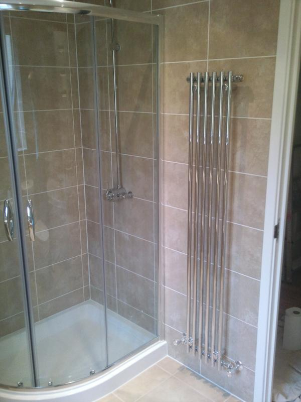 Image 23 - Bathroom Laindon 2011