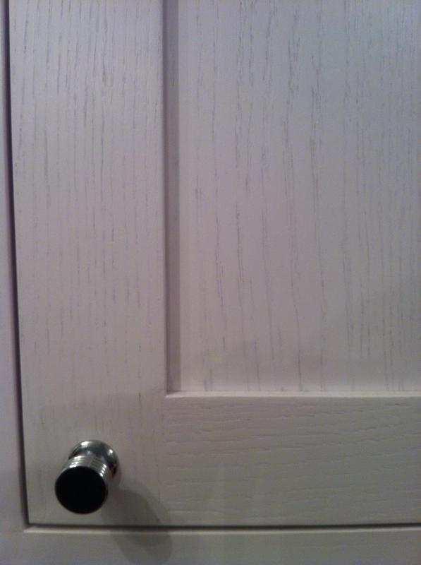 Image 86 - Suttle grain coming through the painted oak door