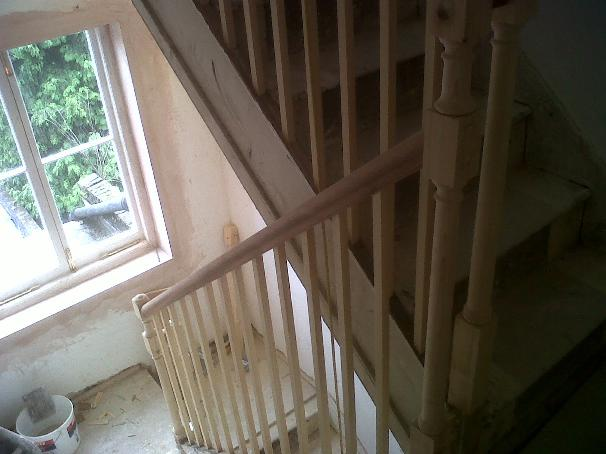 Image 12 - Staircase balaustrade in Georgian period house