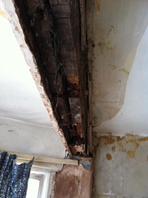 Image 17 - bedroom rotten beam
