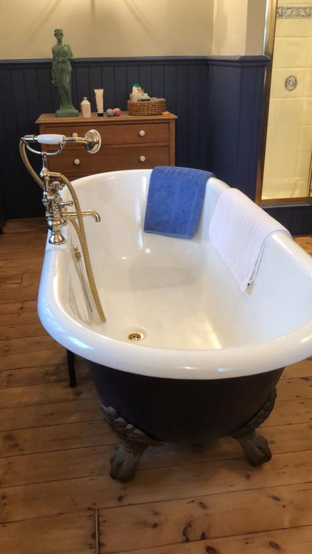 Image 8 - New roll top bath