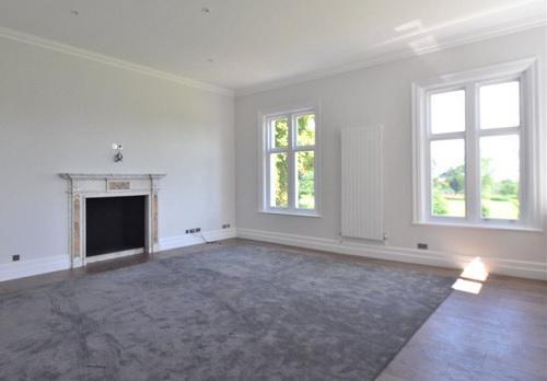 Image 74 - hamels mansion - Buntingford - floor/sash window install