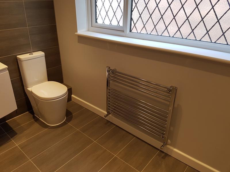 Image 23 - rayleigh bathroom