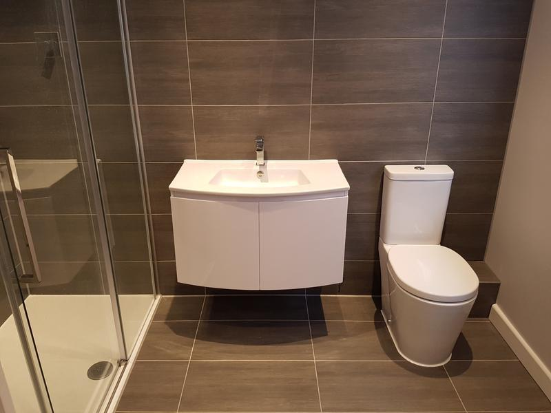 Image 22 - rayleigh bathroom