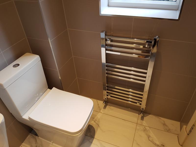 Image 105 - rayleigh ensuite