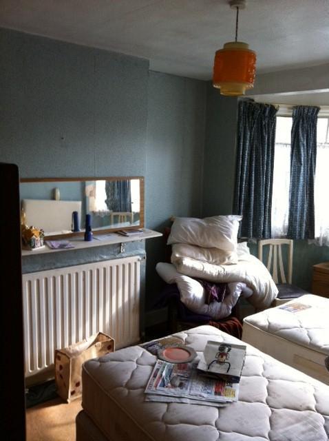 Image 9 - bedroom before