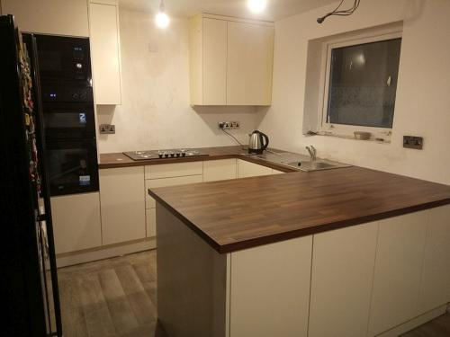 Image 46 - Kitchen fitted in Weston Super Mare