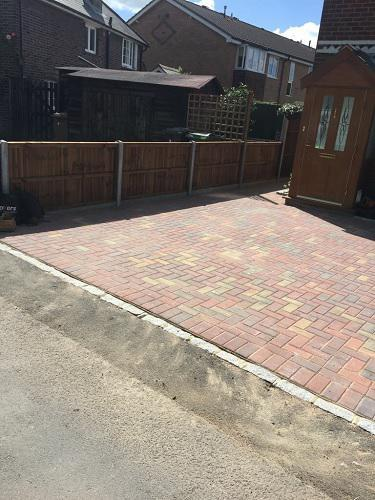 Image 82 - Block paving driveway with granite setts in Shalford