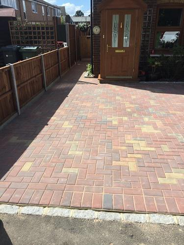 Image 83 - Block paving driveway with granite setts in Shalford