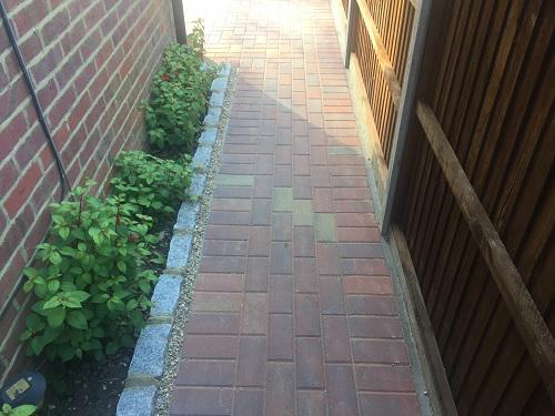 Image 85 - Block paving driveway with granite setts in Shalford