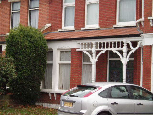 Image 9 - Porch Roof in clay plain tiles