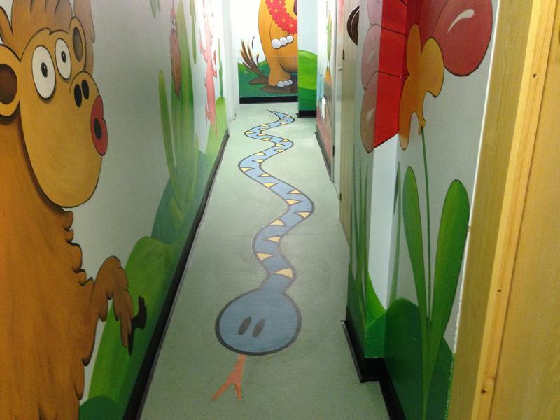 Image 3 - Polyflor Snake Motif in safety flooring