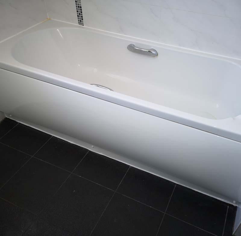 Image 54 - new bath panel rented property Epsom