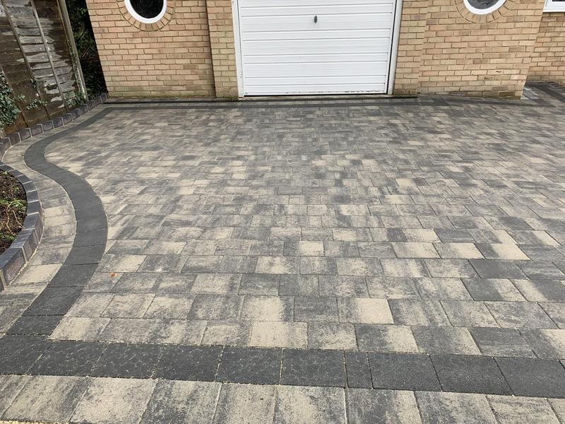 Image 24 - Tobermore Shannon paving in Slate
