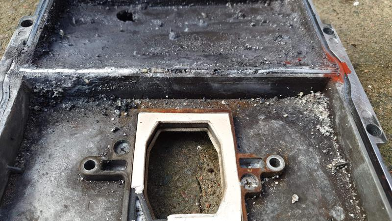Image 15 - Corroded sump on Potterton promax