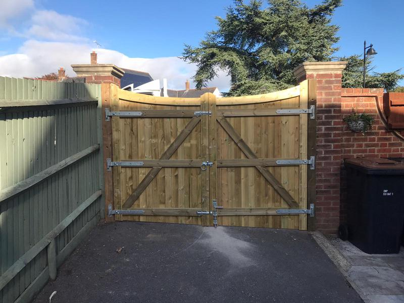 Image 28 - Reverse balmoral gates fitted in Dorchester
