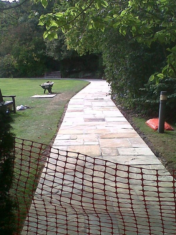 Image 21 - Robinson College Path 3